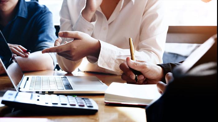Voor administratie, financieel advies